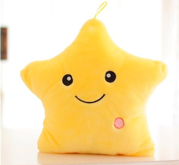 estrella amarilla luminosa