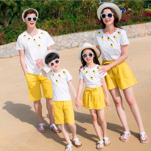 ropa a juego para familias en verano